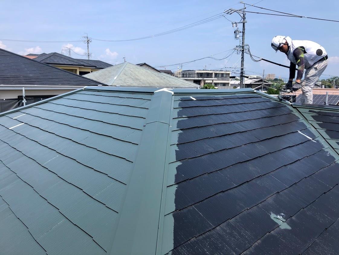 豊田市屋根塗装上塗り1回目