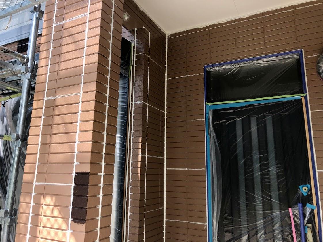 豊田市外壁塗装タイルシーラー塗り