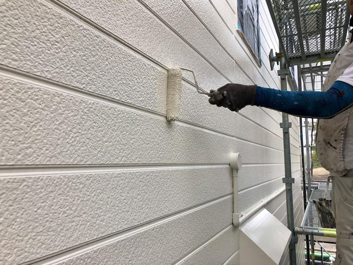 豊田市外壁塗装上塗り2回目
