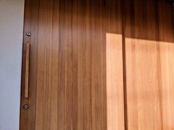 玄関木部塗装