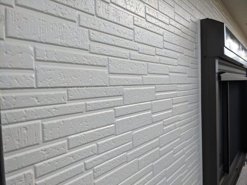 ブロークンホワイト外壁塗装